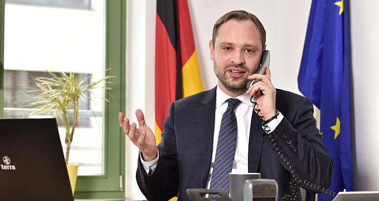 Alexdierks Telefon3